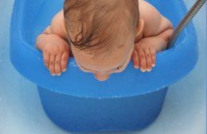 bebés, bañera, ahogamiento, agua, descuido, accidente