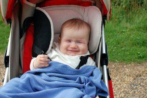 carrito, bebé, risueño, paseo, mamá, posparto