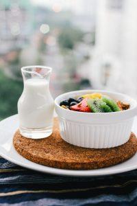 lactancia, leche materna, mitos, alimentación, fruta, legumbres, huevos, proteínas