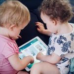 uso pantallas en bebés